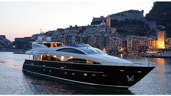 Riva 115 Athena Manufacturer Provided Image