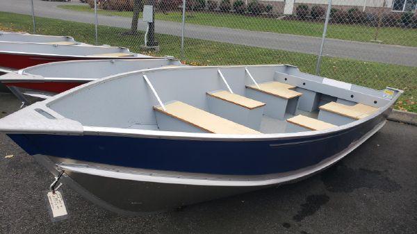 Lund SSV14 Camp Walleye Boat B10430