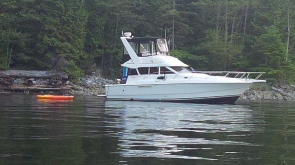 Silverton Sedan With Boathouse