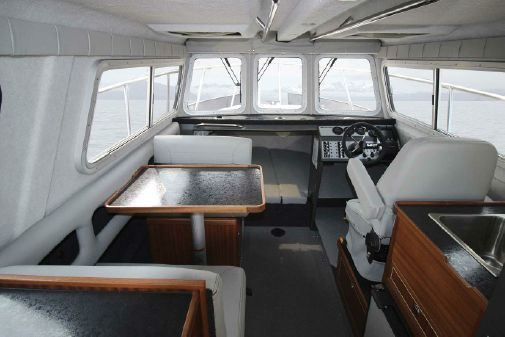 KingFisher 2725 Offshore image