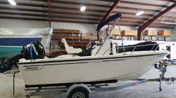 Boston Whaler 190 Nantucket
