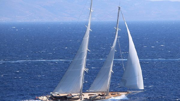 Ada Yacht Classic schooner