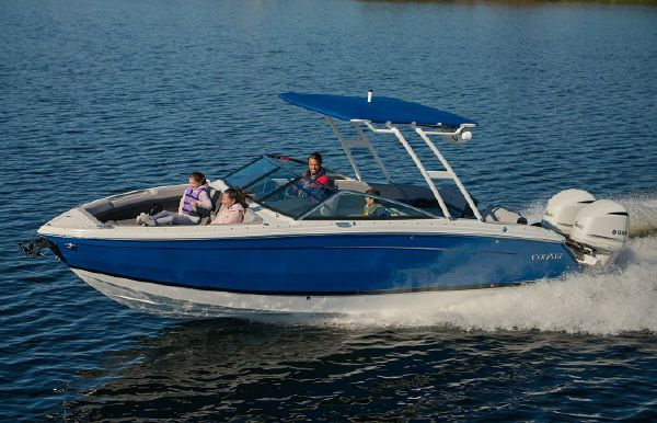 2021 Cobalt R8 Outboard