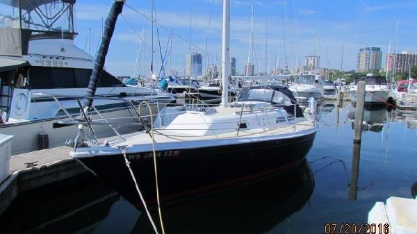 Ericson 30' Plus IN WATER PORT 7/2016
