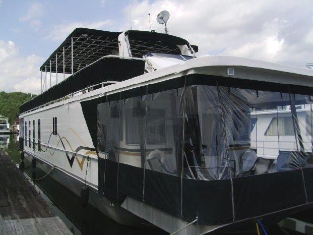2007 Funtime 17 x 78 Houseboat