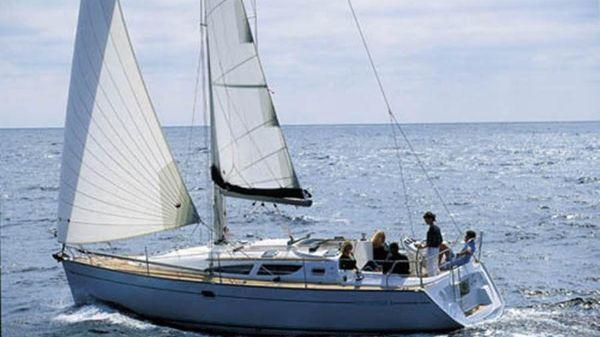 Jeanneau 35