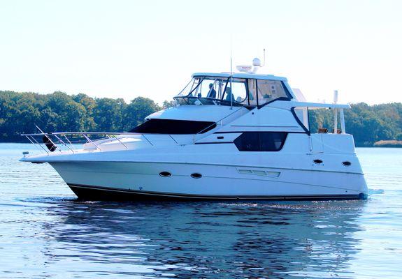 Silverton 453 Motor Yacht - main image