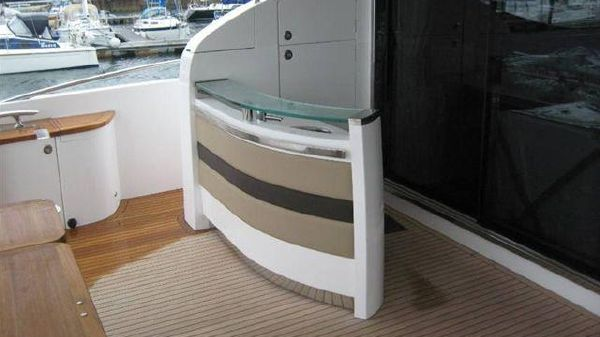 Princess Yachts 85