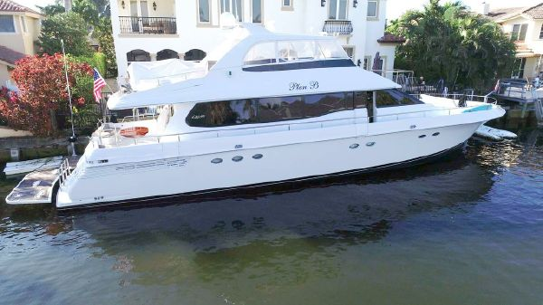 Lazzara Yachts 76 Open Bridge
