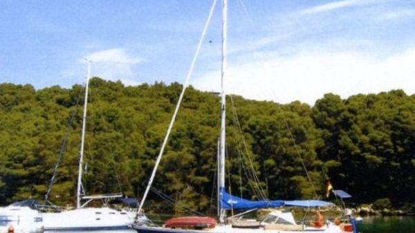 Hallberg-Rassy HR352 (n.scafo 688)