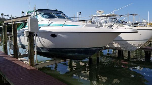 Tiara Yachts 270 Sport Cruiser