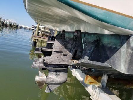 Tiara Yachts 270 Sport Cruiser image