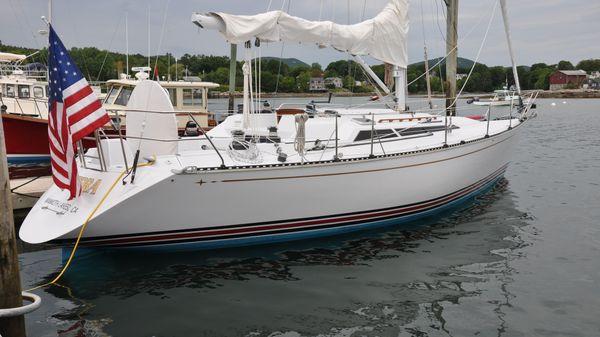 C & C Yachts C & C 37