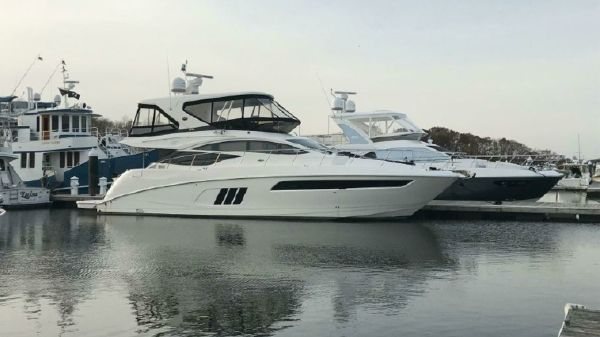 Sea Ray L590 Fly