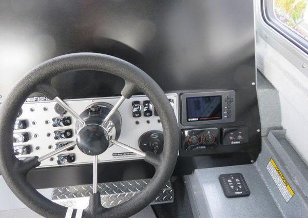 KingFisher 2825 Coastal Express B3251 image