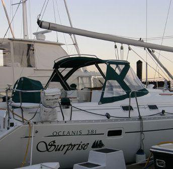 Beneteau Oceanis image