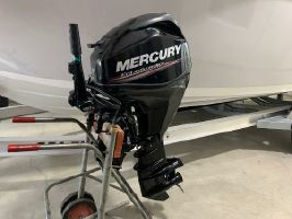 Mercury Marine 25 HP Engine