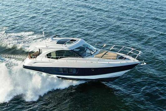 2020 Cruisers Yachts 45 Cantius