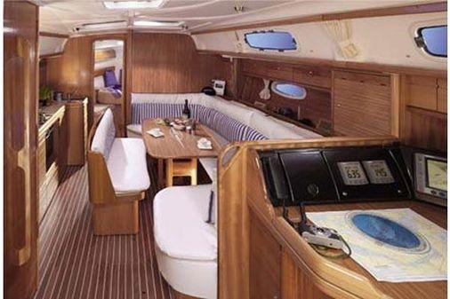 Bavaria 39 Cruiser image