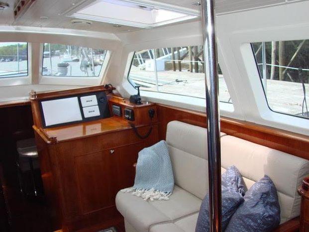 1998 Sensation Yachts Broker Sell