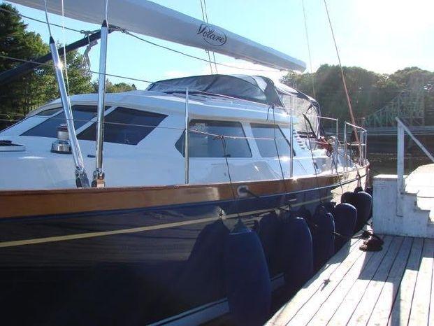 1998 Sensation Yachts Brokerage Massachusetts