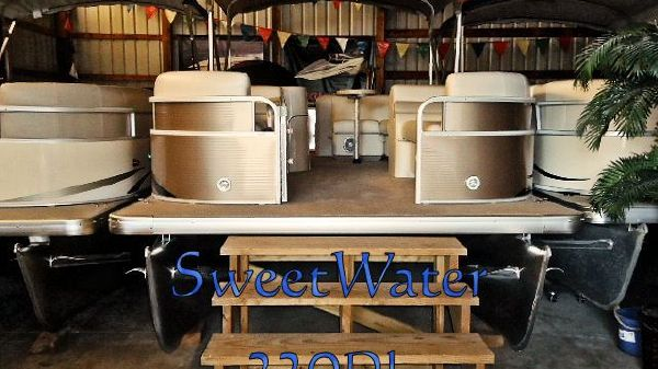 Sweetwater Premium 220 DL