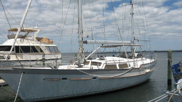 Irwin 52 Cutter Rigged Ketch Profile