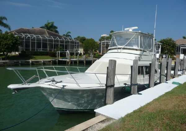 Egg Harbor 42 Convertible image