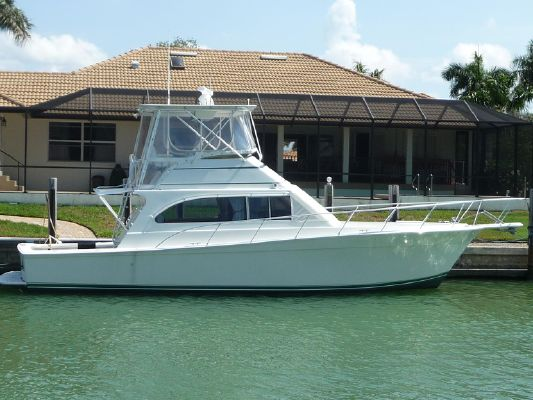 Egg Harbor 42 Convertible - main image
