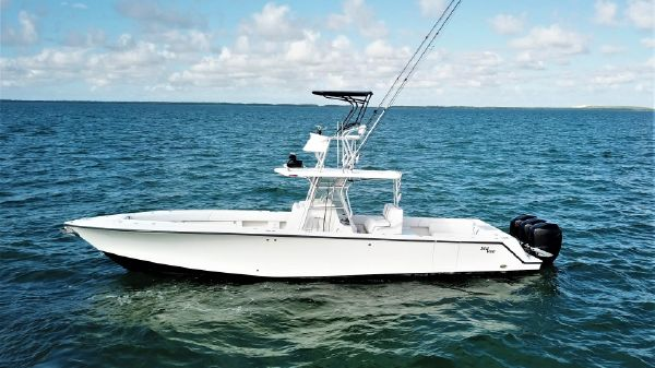 SeaVee 390B Open