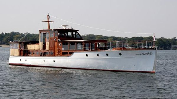 Custom 75 Commuter Yacht