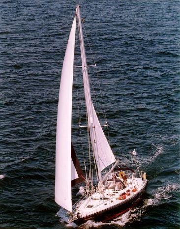 1998 Hylas Cutter