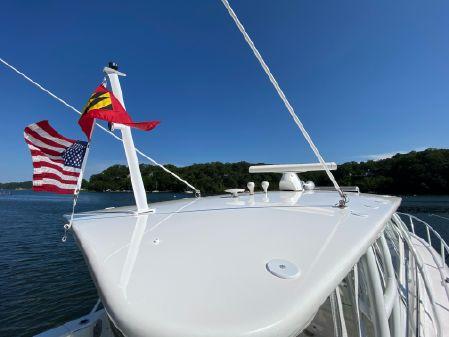 Intrepid 430 Sport Yacht image