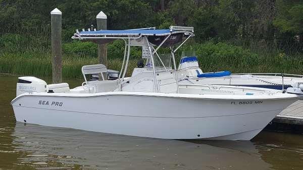 Sea Pro 238