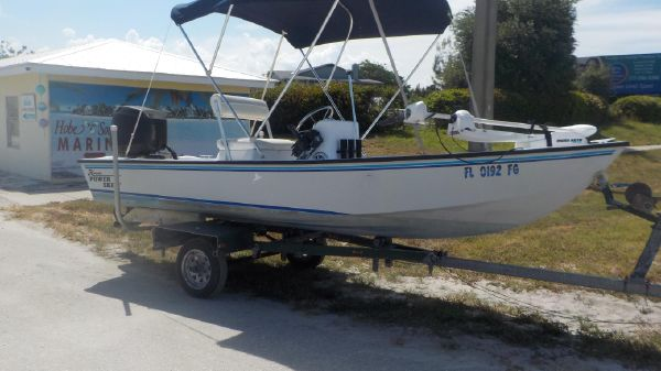 Hobie Power Boats 16 Skiff