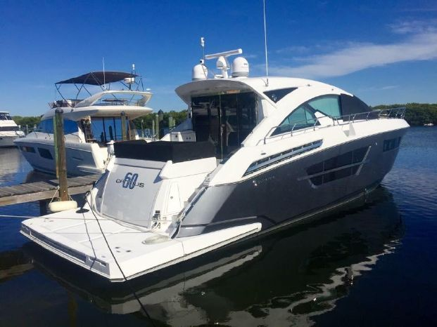 2016 Cruisers Yachts For Sale Maine