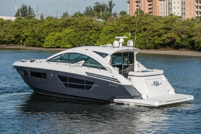 2016 Cruisers Yachts For Sale Broker