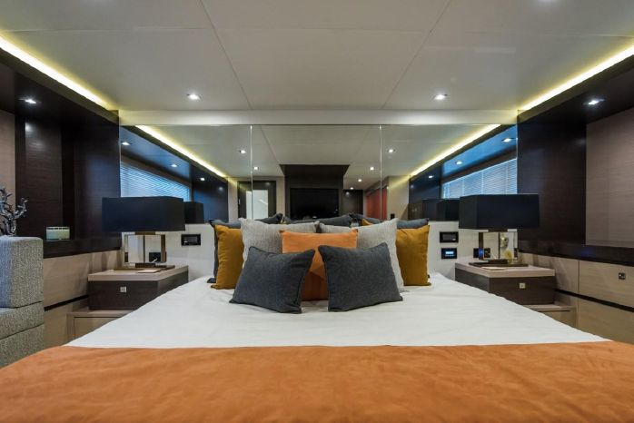 2016 Cruisers Yachts BoatsalesListing Broker