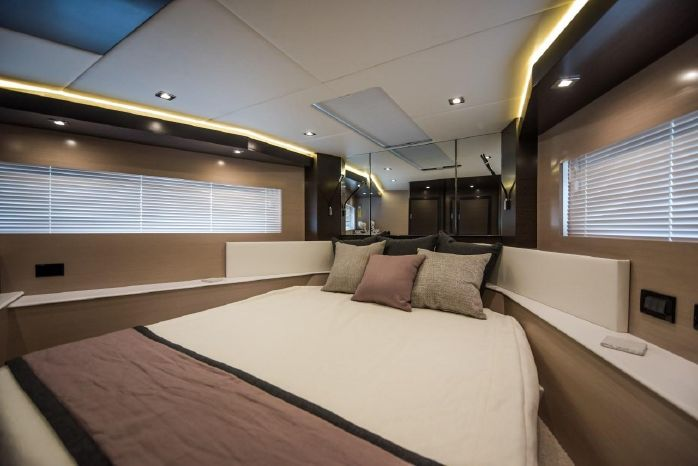 2016 Cruisers Yachts Buy Connecticut