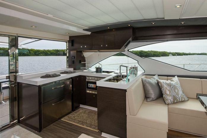 2016 Cruisers Yachts Brokerage Maine