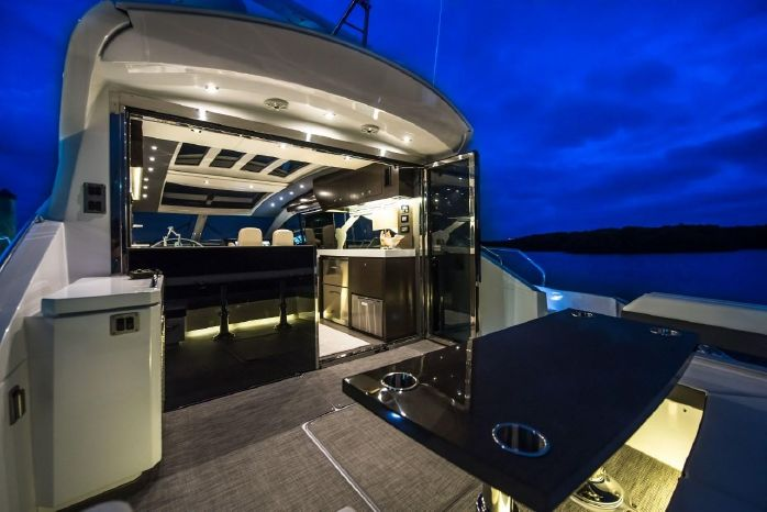 2016 Cruisers Yachts Sell Maine