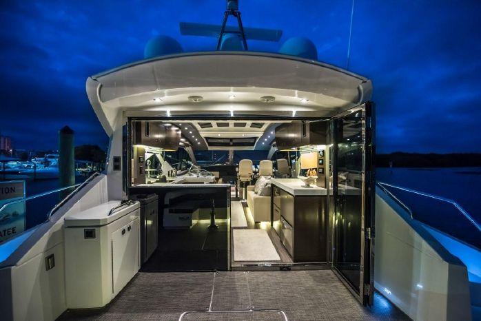 2016 Cruisers Yachts Sell Rhode Island