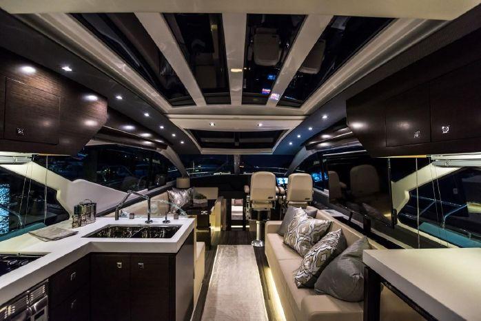 2016 Cruisers Yachts Brokerage Sell