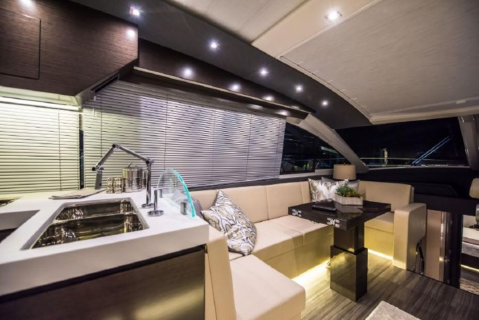 2016 Cruisers Yachts Brokerage New England