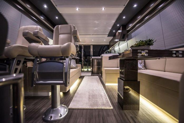 2016 Cruisers Yachts Broker Massachusetts