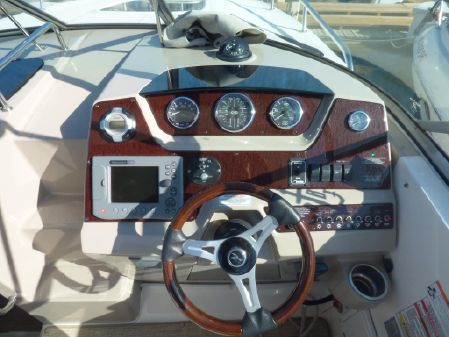 Sea Ray 270 Sundancer image