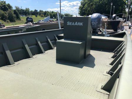 SeaArk 1872 MV image