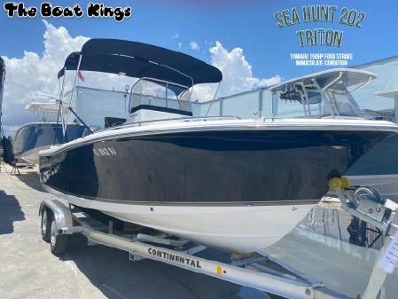Sea Hunt 202 TRITON image