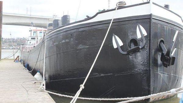 Dutch Barge Kempenaar 41m