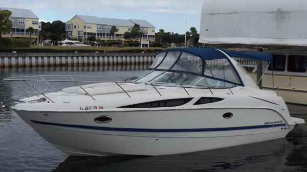 Bayliner 335 Cruiser
